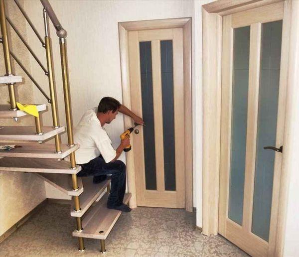 установить межкомнатные двери