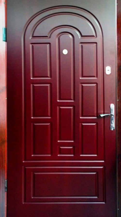 vhodnye-zheleznye-dveri-premium-klassa