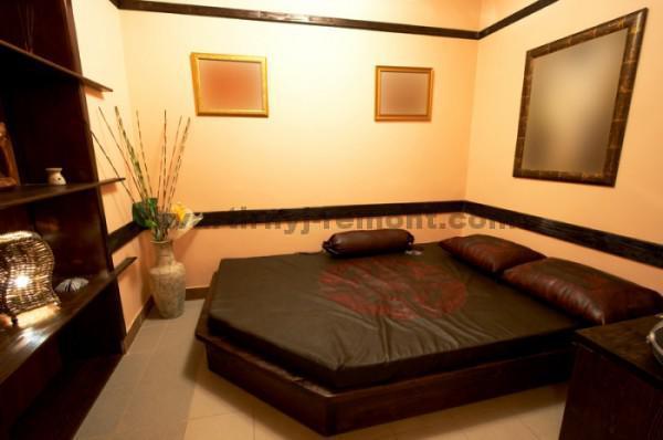 Фото: Темная спальня в японском стиле