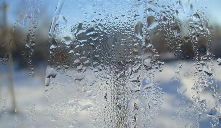 Фото запотевшего окна
