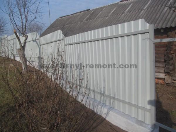 Фото крепление профнастила на забор