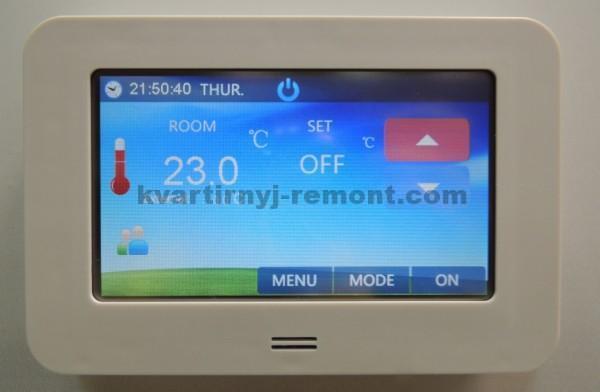 Фото программируемого терморегулятора
