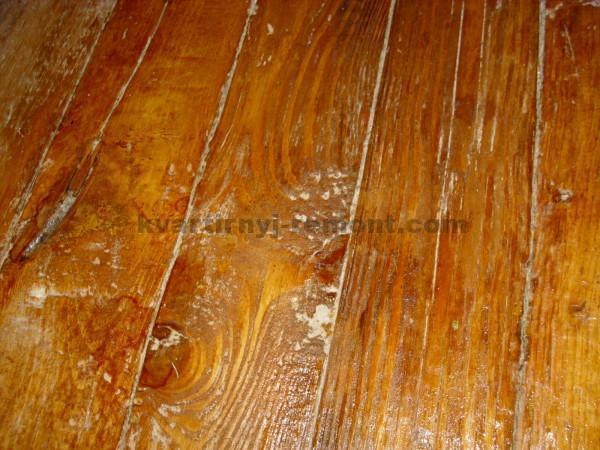 Неровный деревянный пол