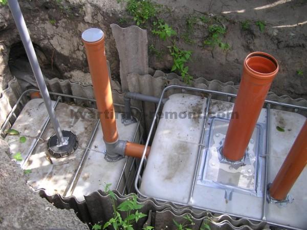 Котлован под канализацию из еврокубов
