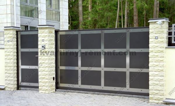 Фото откатных ворот в стиле HiTec