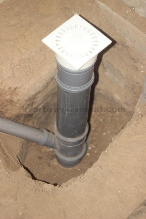 На фото – гидрозатвор CENTER AQUAPA для труб 110 мм.