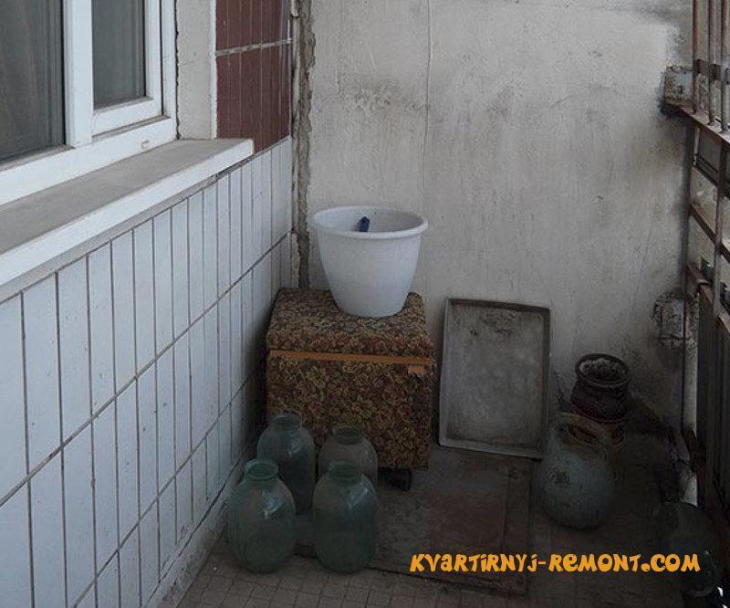 uborka-na-balkone