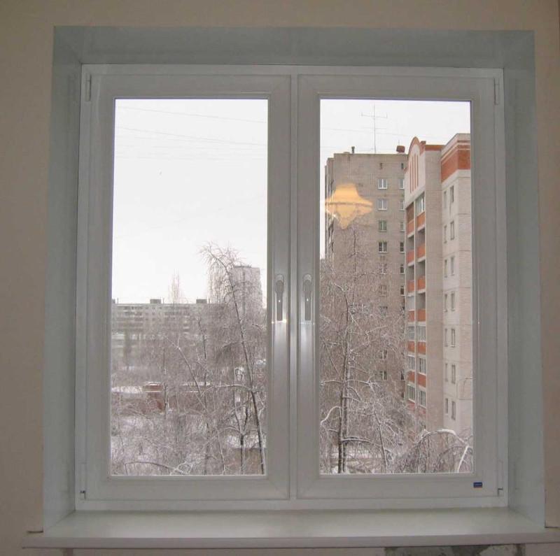 ustanovlennyye-otkosy-na-plastikovoye-okno