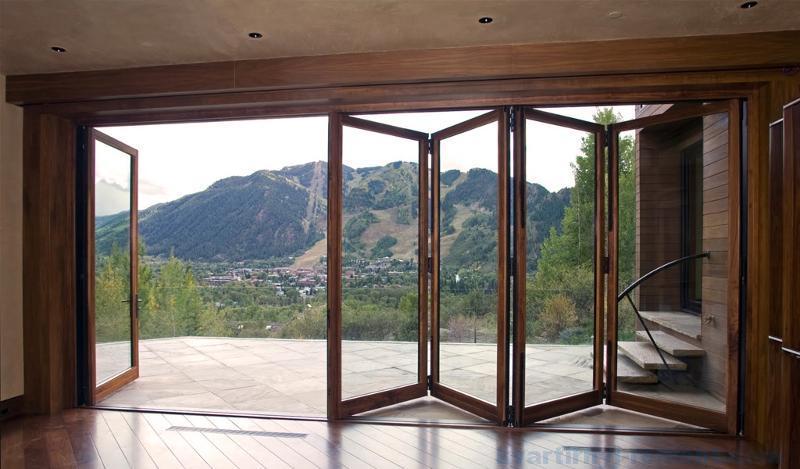 Дверь-гармошка на террасу