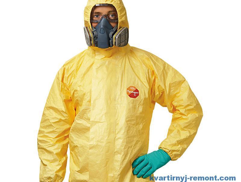 Защитный костюм от стекловаты