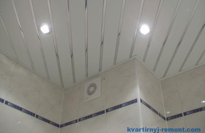 Пример потолка в ванной