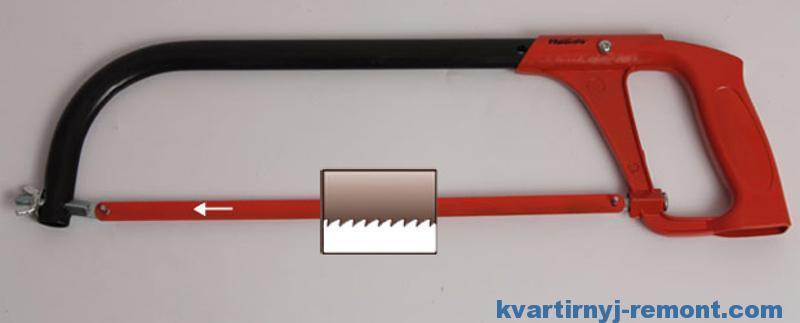 Правильно поставить полотно на ножовку