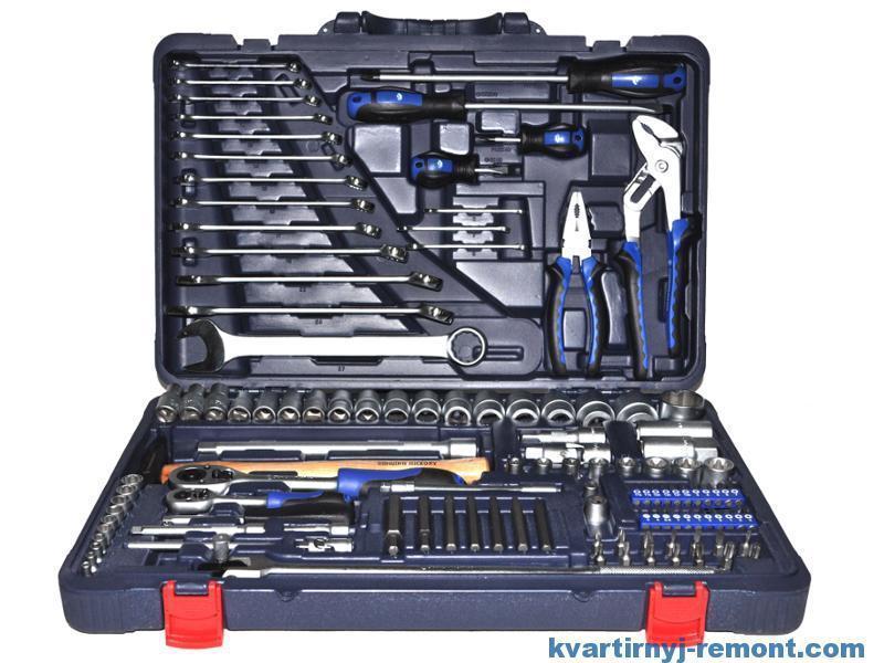 Профессиональные наборы инструментов