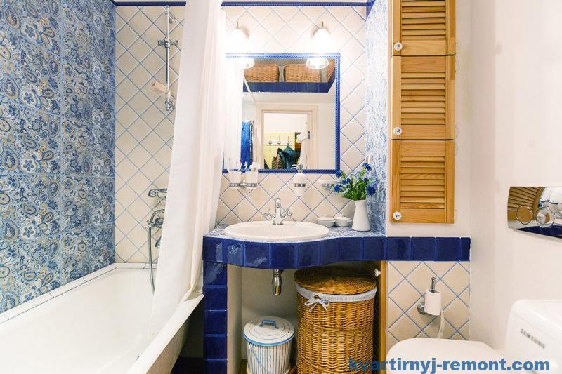 Плетеные корзинки в ванной