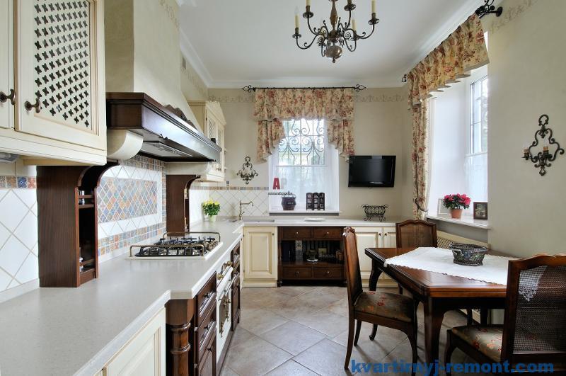 Белая с темными элементами кухня