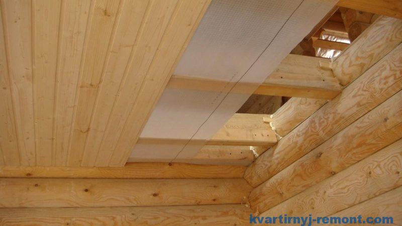 Монтаж пароизоляции потолка