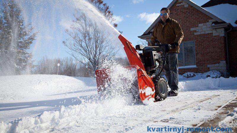 Как выбрать снегоуборщик для дома?