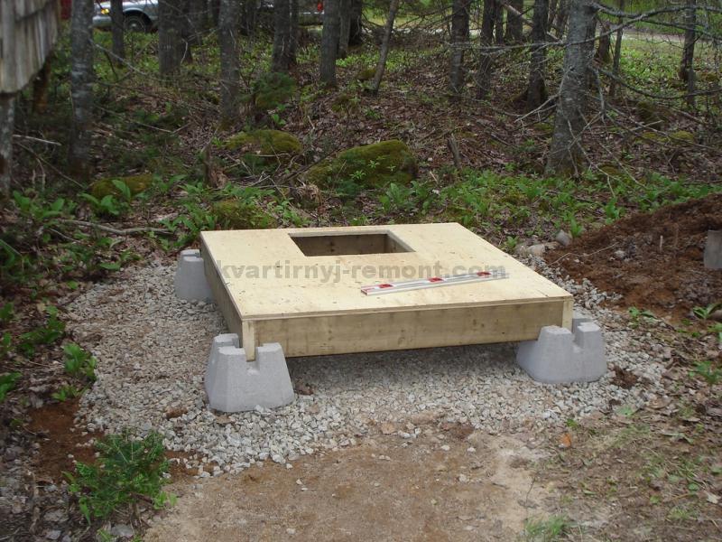 fundament-dlya-dachnogo-tualeta