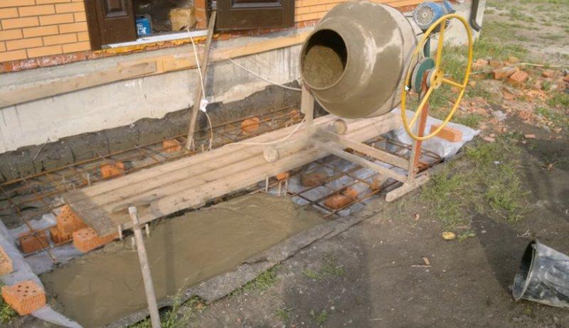Заливка из бетономешалки