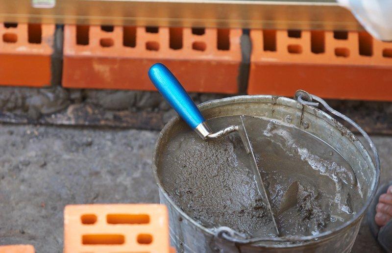 Цементный раствор: узнай как правильно замесить