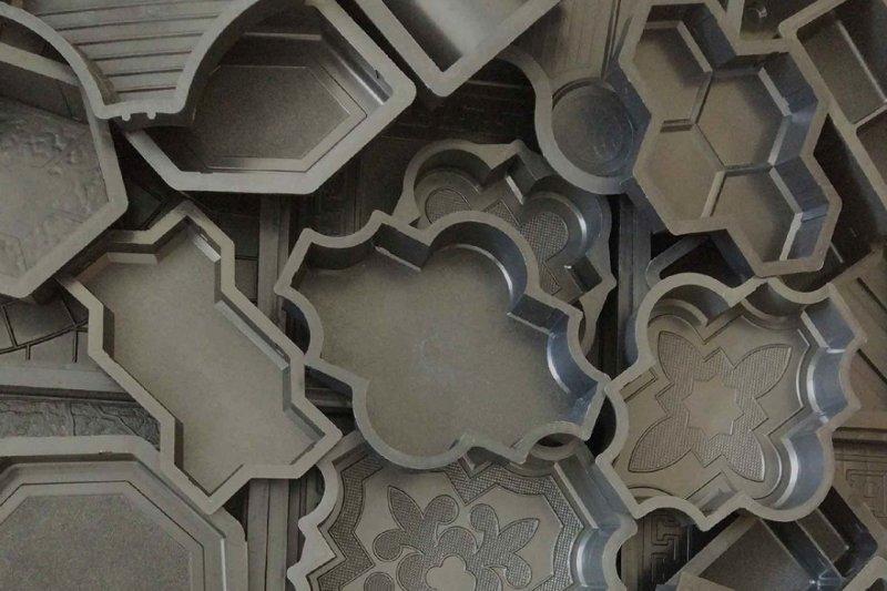 Фигурные формы из пластика для заливки плитки