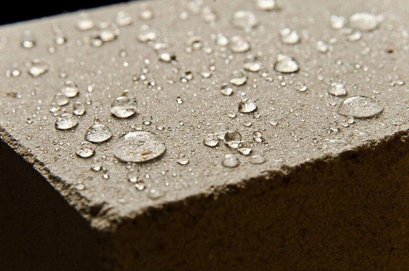 Гидрофобизирующие пропитки и добавки для бетона: как сделать бетон непромокаемым