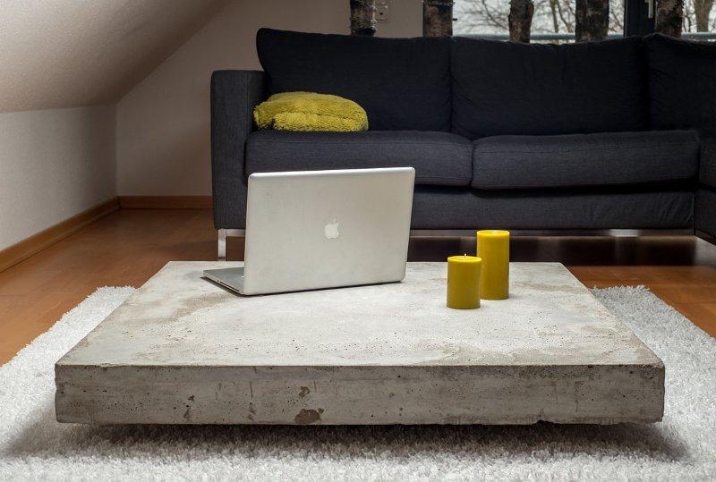 Декоративный столик из бетона