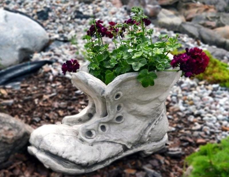 Ботинок из бетона