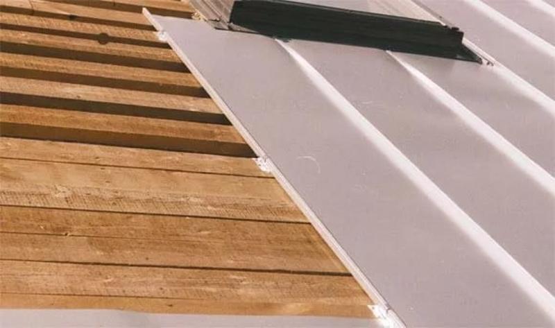 Крепление кликфальца на деревянную обрешетку фасада