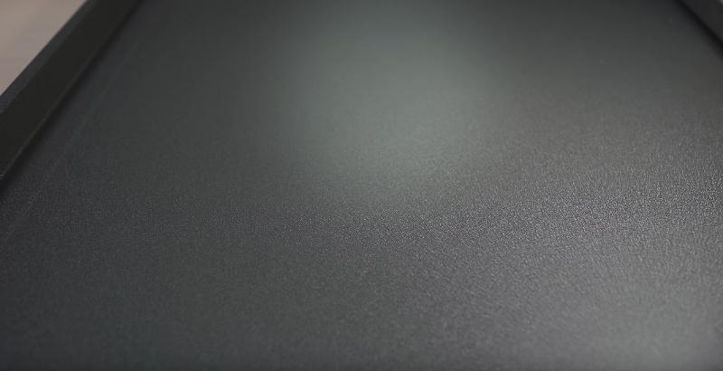 Матовая поверхность фальцевой картины для фасада